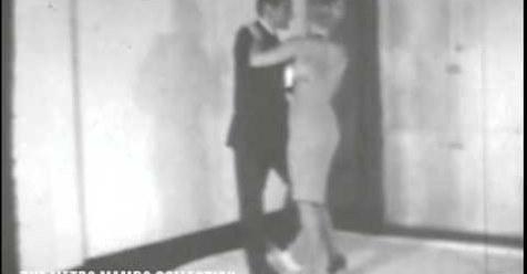 Killer Joe Piro enseñando pachanga